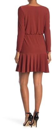 Gabby Skye Long Sleeve Crepe Houndstooth Dress