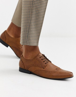 New Look faux leather formal brogue in tan