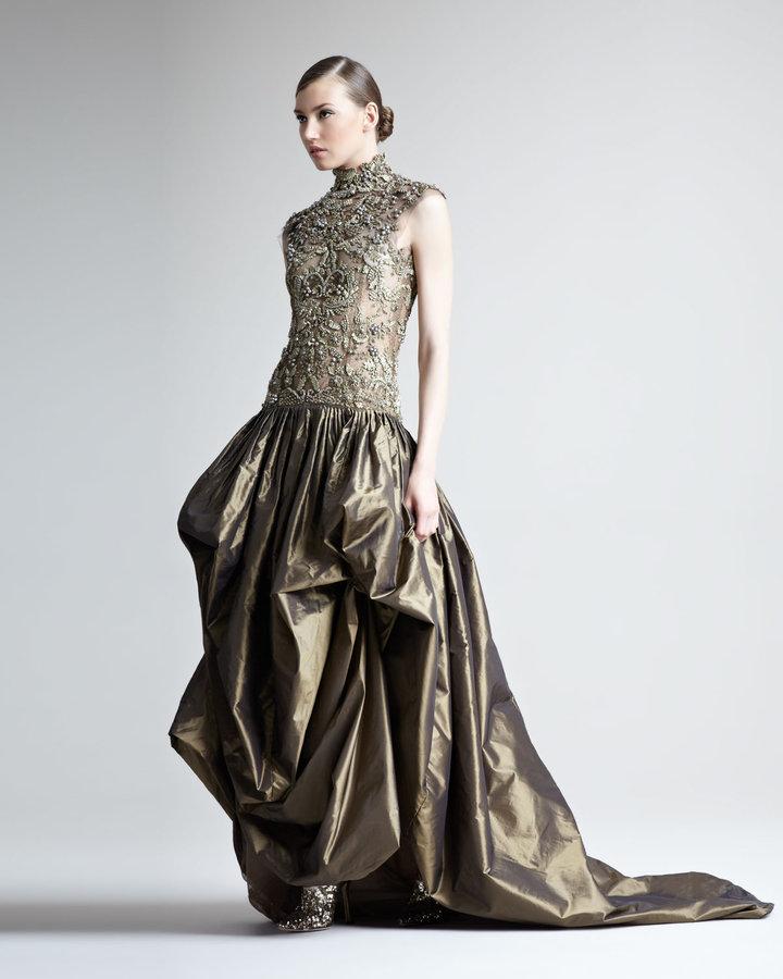 Oscar de la Renta Embroidered-Bodice Gown