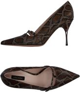 Escada Pumps