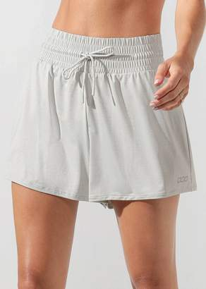 Laid Back Active Short