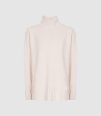 Reiss Bonnie - Wool Cashmere Blend Rollneck Jumper in Pink
