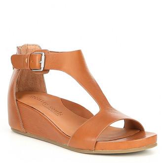 Gentle Souls by Kenneth Cole Women's Sandals COGNAC - Cognac Gisele Leather T-Strap Wedge - Women