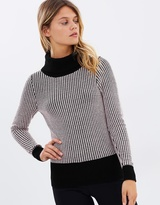 Review Lillith Jumper