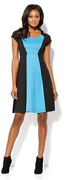 New York & Co. Colorblock Shift Dress