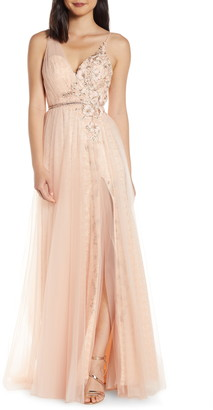 Mac Duggal Beaded Applique Lace Prom Dress