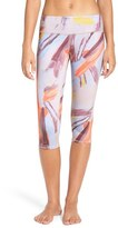 Alo Women's 'Airbrushed' Performance Capris