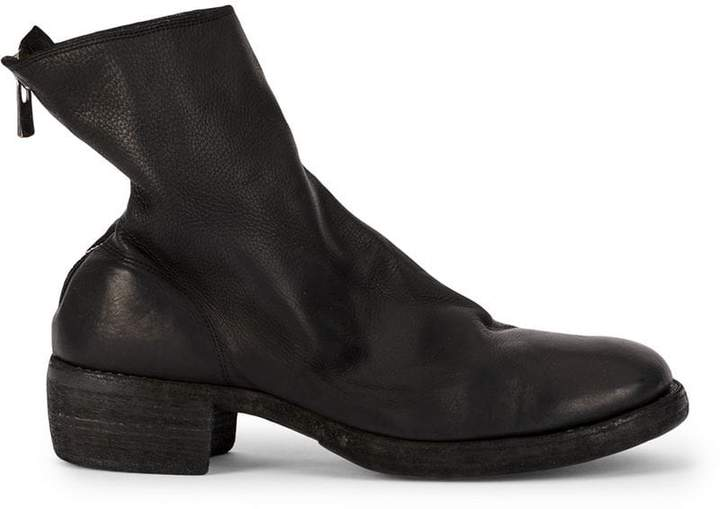 Guidi rear zipped boots