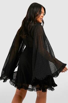 boohoo Plus Dobby Chiffon Wide Sleeve Skater Dress
