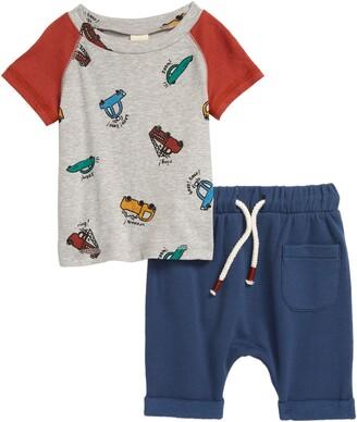 Tucker + Tate Graphic Tee & Sweatpants Set