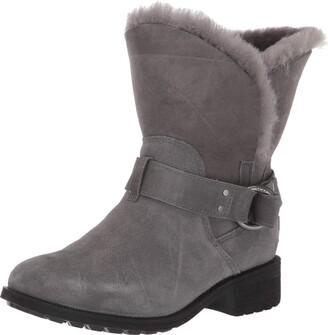 UGG Women's Bodie Fashion Boot