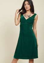 Pin-Up to the Challenge Velvet Dress in Emerald in XS
