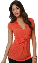 Daisy fuentes solid knot-front top
