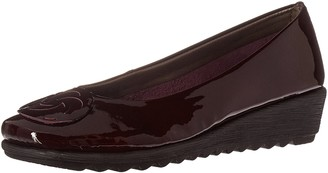 The Flexx Women's Run Away Wedge Pump