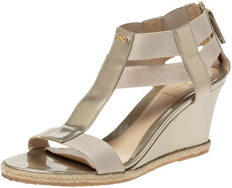 Fendi Gold Patent Leather And Elastic Fabric T-Strap Espadrille Wedge Sandals Size 40.5