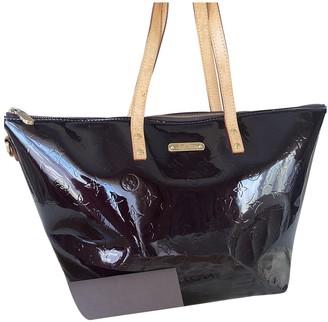 Louis Vuitton Bellevue Burgundy Patent leather Handbags