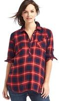 Gap Plaid convertible henley shirt