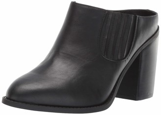 Madden-Girl Women's MAGGIEE Fashion Boot
