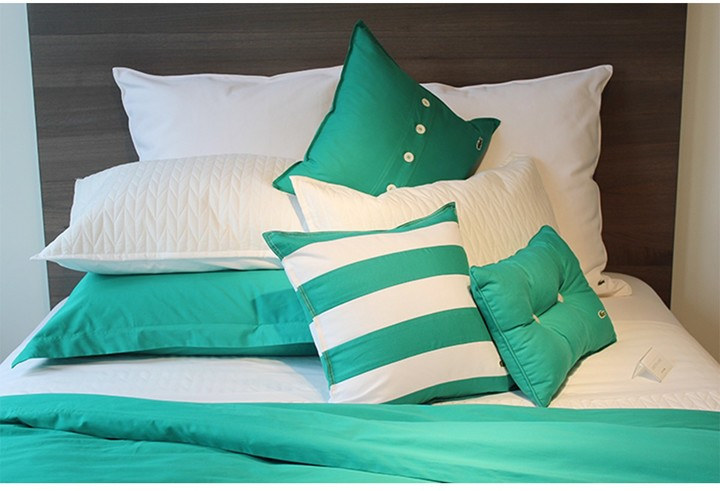 Lacoste Brushed Twill Pillow - 18 x 18 - Green Lake
