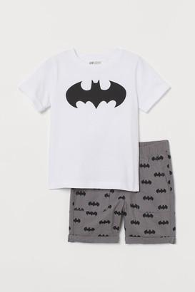H&M T-shirt and Shorts - White