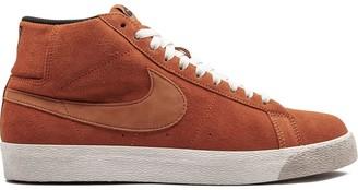 Nike Blazer Premium SB high tops sneakers