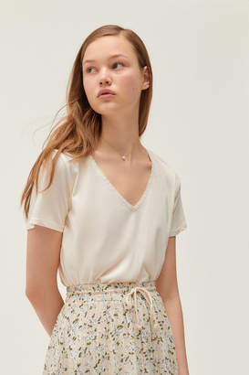 Project Social T Lace Trim V-Neck Cropped Tee