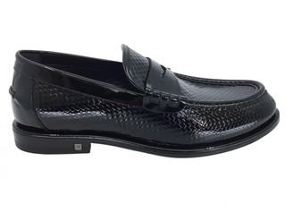 Louis Vuitton Black Patent leather Flats