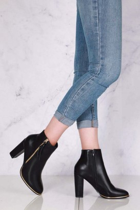 Miss Diva Isabelle Zip Detail with Tassel Block Heel Ankle Boot in Black Matt