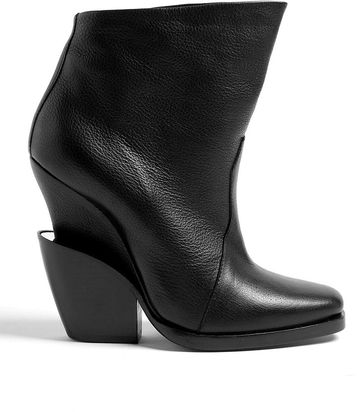 Theyskens' Theory Elerie Aova Black Shoe Boots