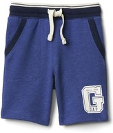 Gap Logo patch pull-on shorts