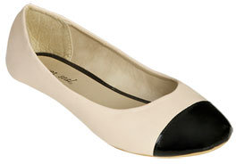 Wet Seal WetSeal Cap Toe Leatherette Flat Ivory