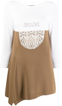 D-Exterior Embroidered Two-Tone Knit Top
