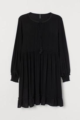 H&M H&M+ Tie-belt Dress