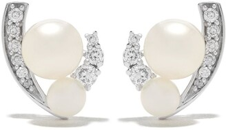 Yoko London 18kt white gold Trend freshwater pearl and diamond earrings