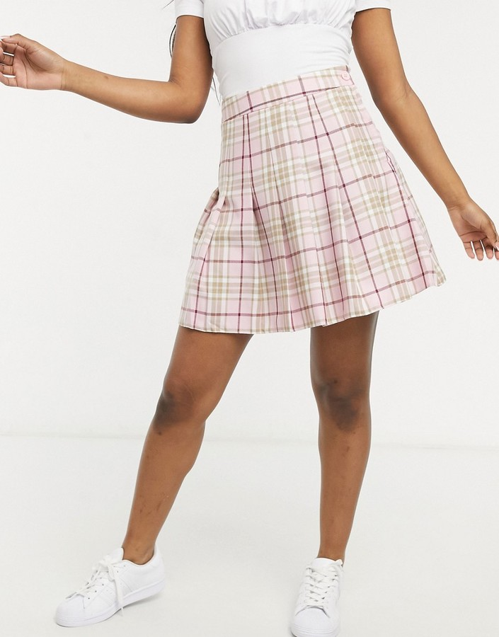 Thumbnail for your product : New Look mini pleated tennis skirt in pastel pink check