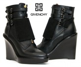 Givenchy pristine (PR Wedge Buckle Zippers Platform Ankle Boots 39 - 8.5
