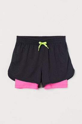 H&M Double-layered sports shorts