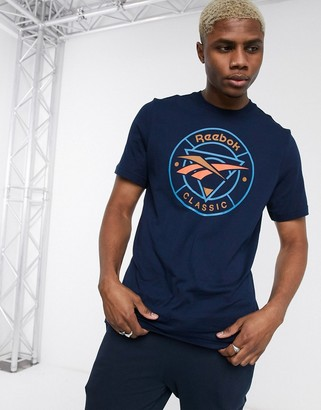 Reebok classic t-shirt with circle vector print in navy