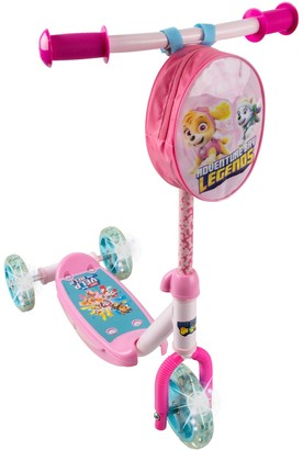 PlayWheels PAW Patrol 3-Wheel Scooter with Light Up Wheels