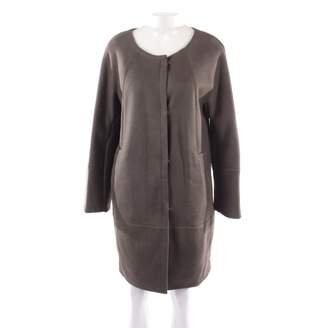 N. 32 Paradis Sprung Freres \N Brown Fur Coats