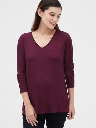 Gap Maternity Easy Long Sleeve V-Neck T-Shirt