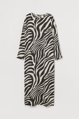 H&M Calf-length satin dress