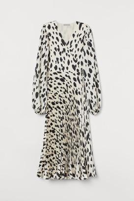 H&M Pleated wrap dress