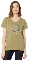 Life is Good Crescent Daisies Crusher Vee (Fatigue Green) Women's Clothing