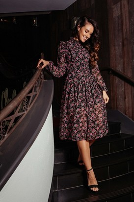 Pretty Darling Black and Purple Floral Pleated Midi Dress