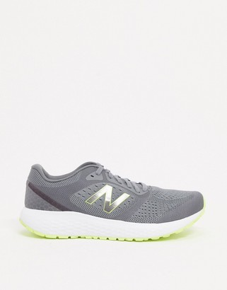 New Balance Running 520 trainers in grey/neon