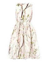 beyonce knowles  Who made  Beyonce Knowles white floral print dress?