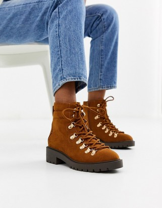 New Look lace detail chunky flat hiker boots in tan
