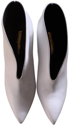 Rupert Sanderson White Leather Ankle boots