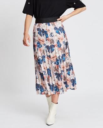 Romance Was Born Peek-A-Bow Knife Pleat Skirt